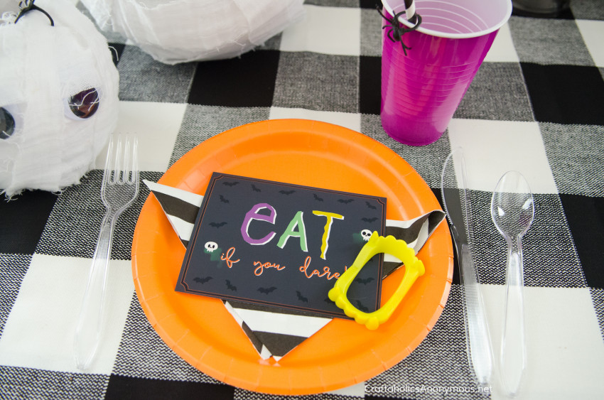 Halloween Dinner Party idea with Free Printables